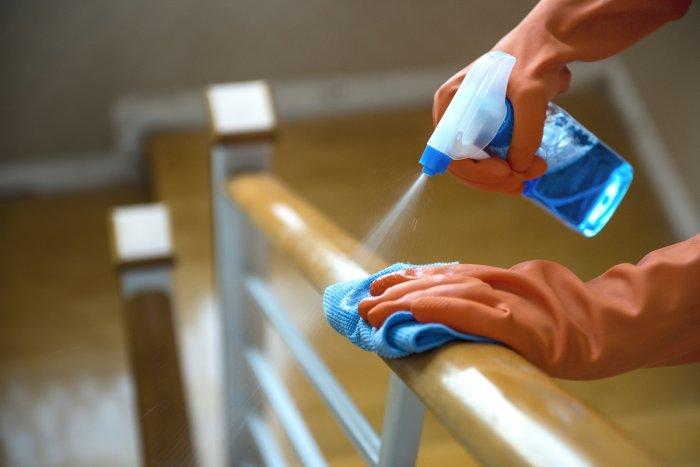 Tudo o que você precisa saber sobre sanitização e desinfecção de ambientes - Dedefone